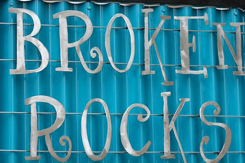 Broken Rocks & Rox Gastropub